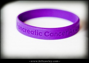 Picture of purple pancreatic cancer bracelet